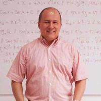 Julioprofe: el maestro más famoso de YouTube dará una conferencia en Celaya